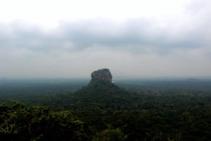 sigiriya-pidurangala-rock
