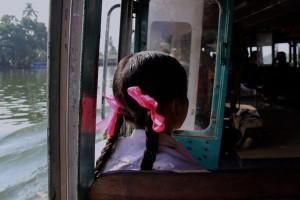 schoolgirl-india-kerala-alleppey