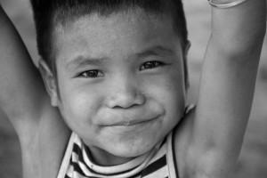 enfant-sourire-asie