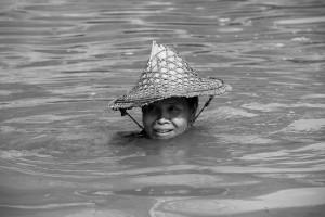 femme-chapeau-asiatique