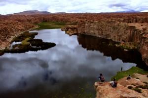 uyuni-green-valley-lake