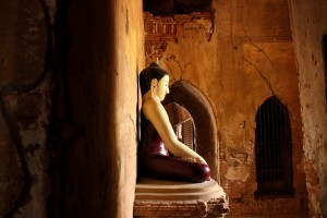 statut-bouddha-bagan