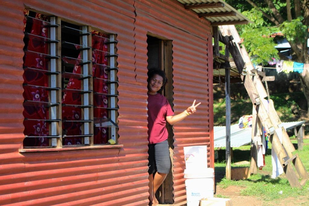 femme-fidjienne-sourire