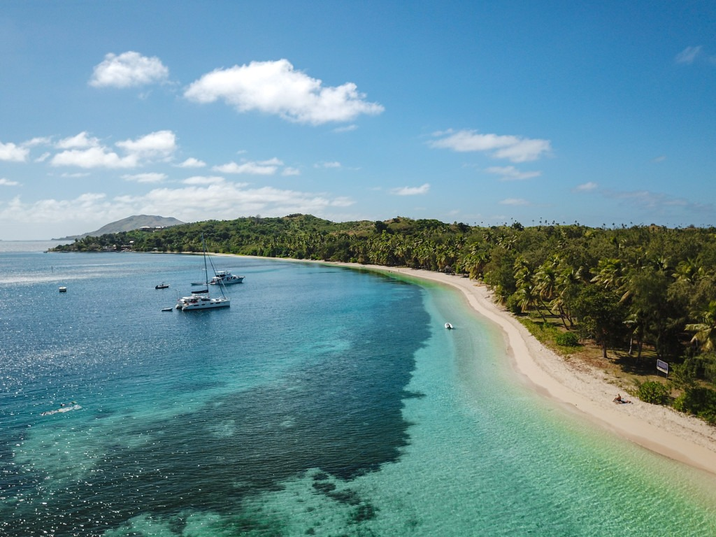 plage-lagon-bleu-yasawa-fidji